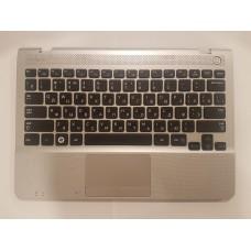 Топ-кейс с клавиатурой для ноутбука Samsung NP305U1A